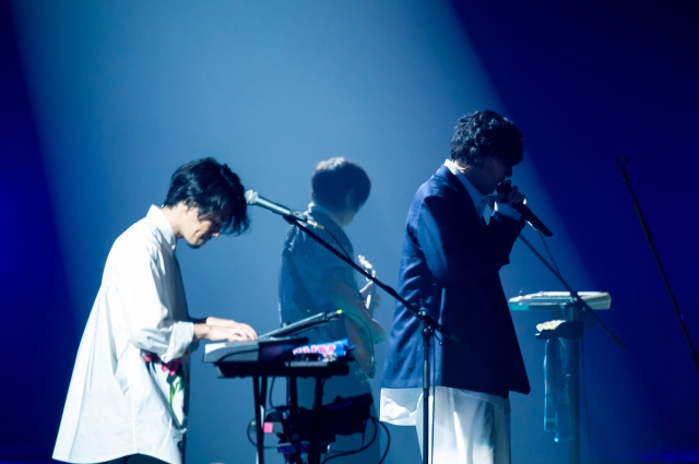 「15th Anniversary Special Concert」のゲネプロを行ったRADWIMPS(Photo by Takeshi Yao)