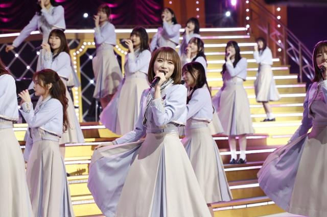 乃木坂46『9th YEAR BIRTHDAY LIVE ~前夜祭~』でイメチェンヘアを公開した秋元真夏の画像