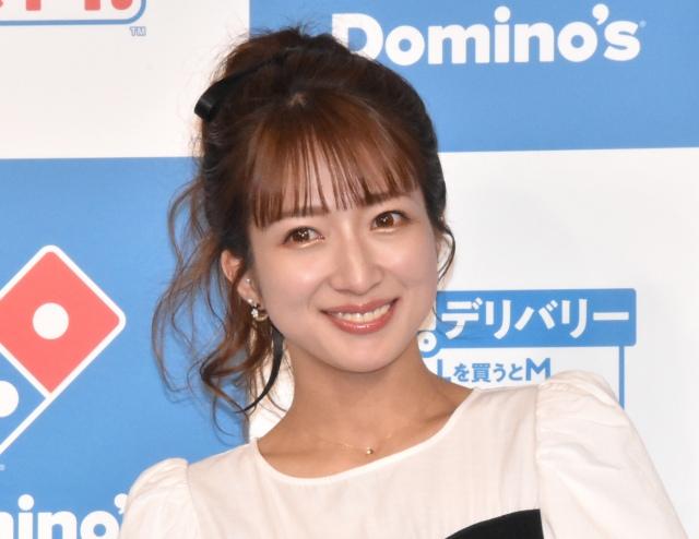 第3子妊娠の紺野あさ美さんを祝福した辻希美(C)ORICON NewS inc.の画像