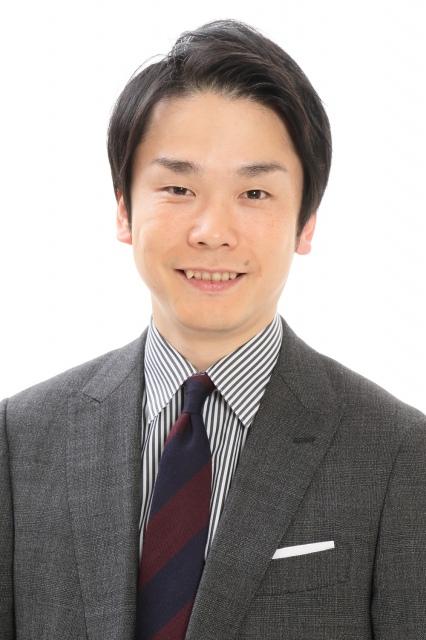 テレビ東京系新番組『芸人動画チューズデー』で単独MCを務めるかまいたち・濱家隆一 (C)テレビ東京の画像