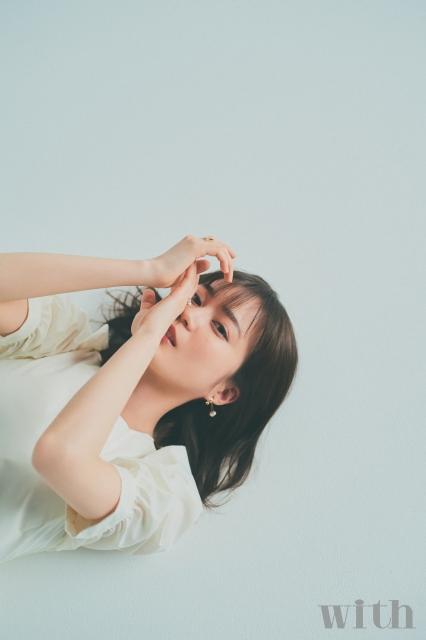 『with』5月号に登場する乃木坂46・生田絵梨花の画像
