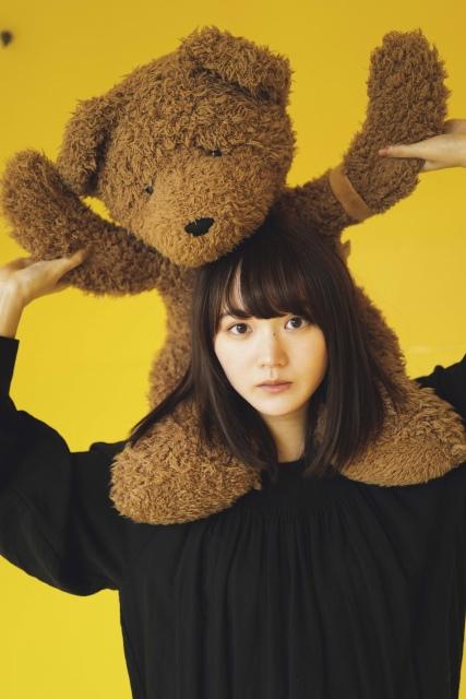 『FLASHスペシャル』グラビアBEST2021年春号に登場する櫻坂46・増本綺良(C)YOROKOBI、光文社の画像