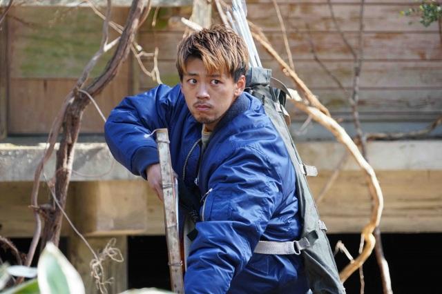 『君と世界が終わる日に』Season2に出演する竹内涼真 (C)H J Holdings, Inc.の画像