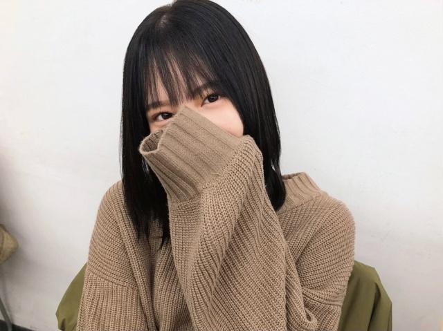 """小坂菜緒の""""すっぴん""""ショット(撮影/丹生明里)=『日向撮VOL.01』よりの画像"""