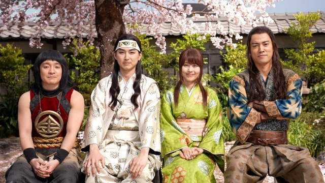 卒業生に「卒業お祝いムービー」をサプライズした三太郎とかぐちゃんの画像