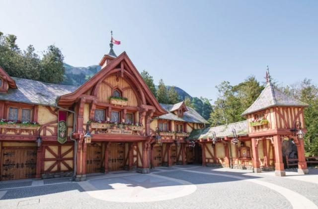東京ディズニーランド『ファンタジーランド・フォレストシアター』のオープンが決定 (C)Disneyの画像