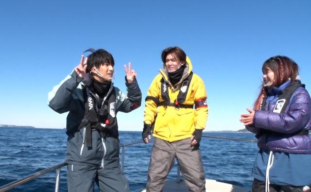 『あなたの代わりに見てきます! リア突WEST』4月3日放送の#25は、濱田崇裕と小瀧望が「『深海のゴジラをブチあげる浪速ギャルハンター』にリア突」 (C)ABCテレビの画像