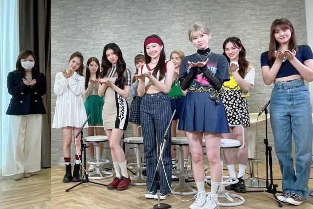 『ZIP!』新企画「ミトmeets」で水卜麻美アナがNiziUにインタビュー (C)日本テレビの画像