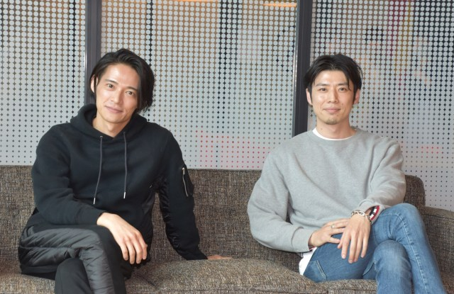 最近の恋愛事情を告白した(左から)久保裕丈氏、コウコウ氏 (C)ORICON NewS inc.の画像