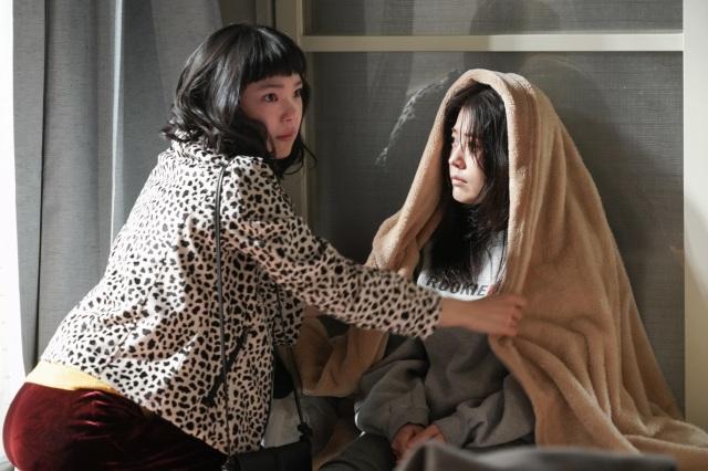 『コントが始まる』第1話に出演する古川琴音、有村架純 (C)日本テレビの画像