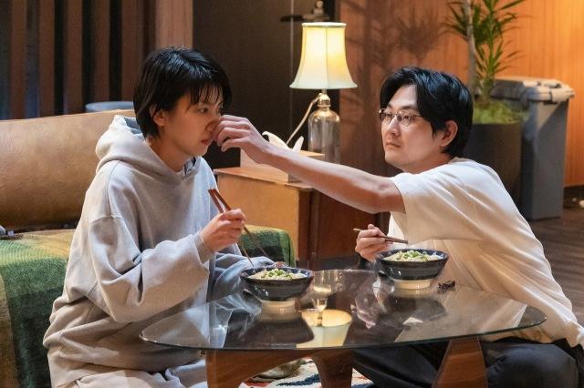 『大豆田とわ子と三人の元夫』第1話の模様(C)カンテレの画像