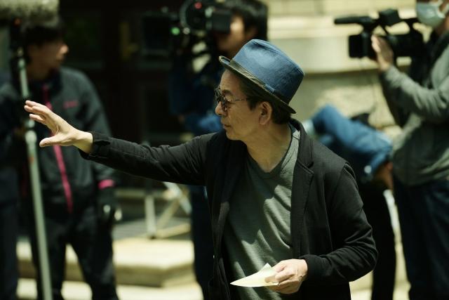 オリジナル映画第3作『太陽とボレロ』の制作に挑む水谷豊監督(写真:三宅英文『轢き逃げ』より)の画像