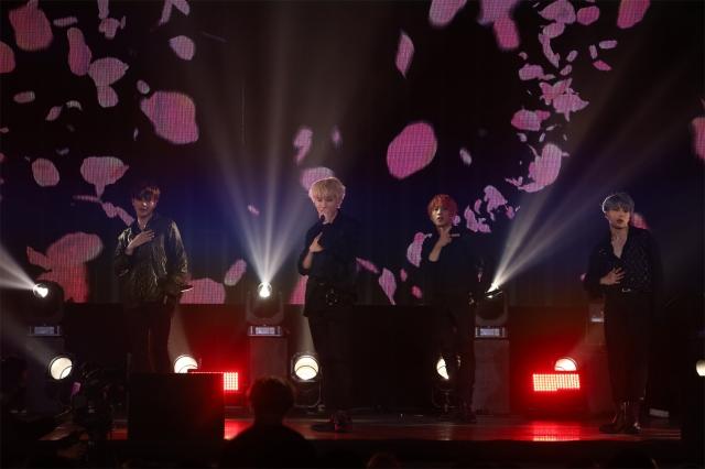 "OWV1stワンマンライブ『OWV 1st Anniversary Live ""AWAKE""』の模様の画像"