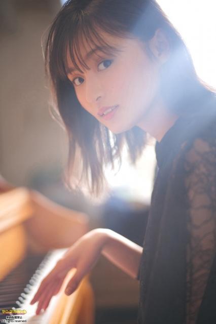 『ヤンマガWeb』に登場した乃木坂46・遠藤さくら(C)藤本和典/ヤンマガWebの画像