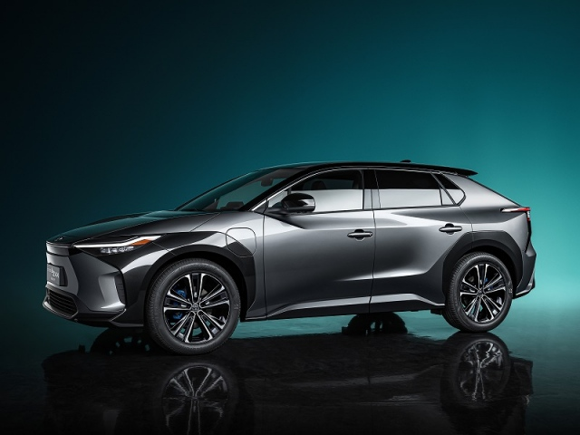 『TOYOTA bZ4X Concept』外観 画像提供/トヨタ自動車の画像