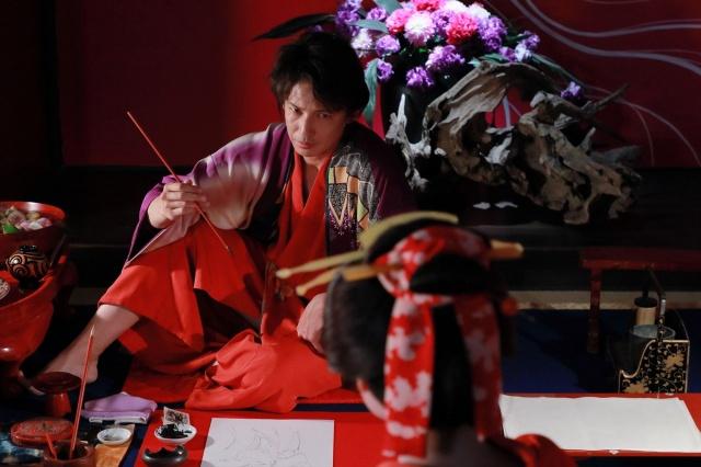 映画『HOKUSAI』(5月28日公開)江戸中に名を馳せたスター絵師で美人画の大家・喜多川歌麿を色気たっぷりに演じる玉木宏 (C)2020 HOKUSAI MOVIE