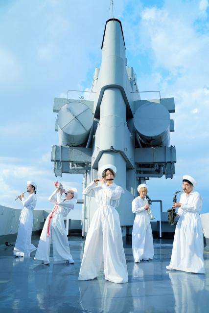 10年ぶりのオリジナルフルアルバム『東京』のリリースを発表した東京事変の画像