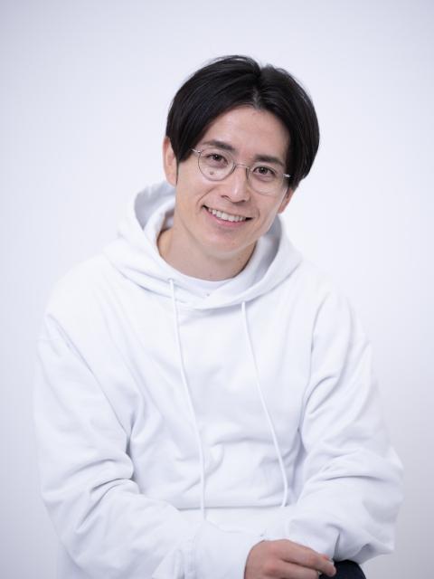 初の自著『PRIDELESS(プライドレス) 受け入れるが正解』を発売した藤森慎吾の画像