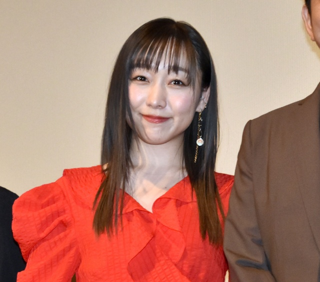 """""""ハグ撮影""""に緊張しきりだったというSKE48・須田亜香里 (C)ORICON NewS inc.の画像"""