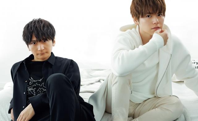 『Oggi』に登場した(左から)島崎信長、内田雄馬の画像