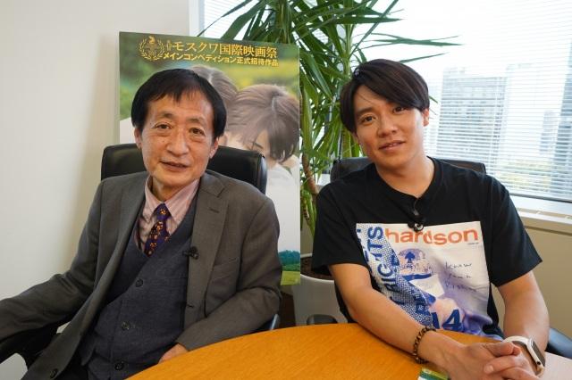 映画『女たち』の対談を行った(左から)奥山和由プロデューサー、小出恵介(C)「女たち」製作委員会の画像
