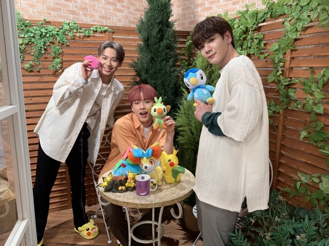 『ポケモンの家あつまる?』に登場したJO1(左から)川尻蓮、河野純喜、豆原一成 (C)TV Tokyo・Pokémon・ShoProの画像