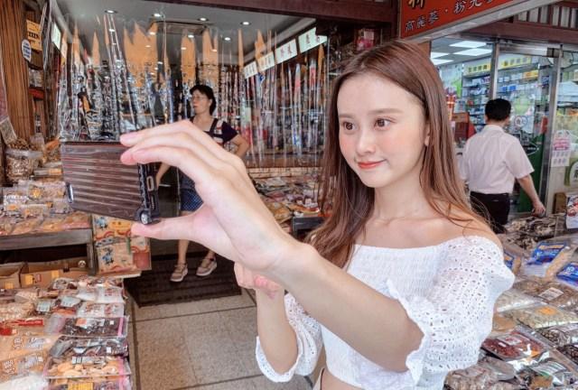 台湾の⼈気ガイド、ウナちゃん。⽇本語で案内してくれるの画像