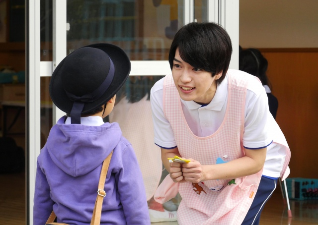 『コタローは1人暮らし』に出演するなにわ男子・西畑大吾 (C)テレビ朝日の画像