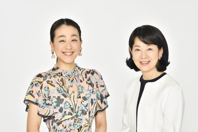 (左から)浅田真央、吉永小百合の画像