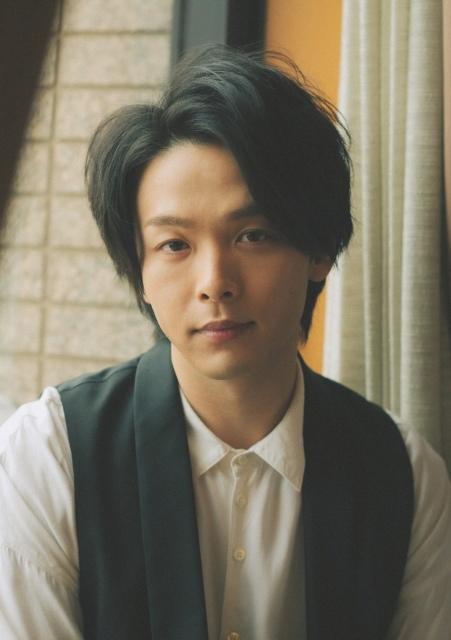 21日に『金曜ロードショー』で放送される『アラジン』で吹き替え声優を務める中村倫也(C)文藝春秋の画像
