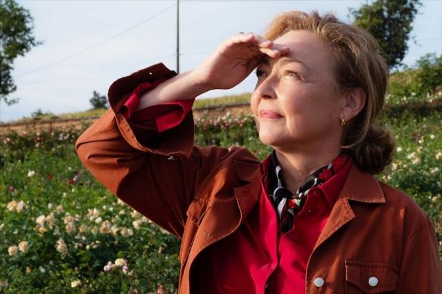 フランスの女優カトリーヌ・フロ=映画『ローズメイカー 奇跡のバラ』(5月28日公開)の画像