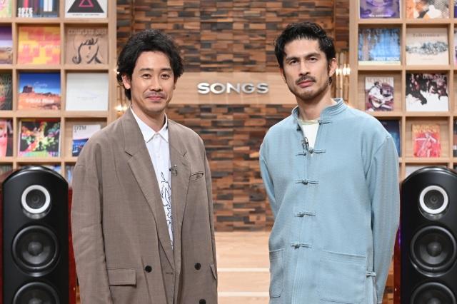 6月3日放送『SONGS』で収録予定時間を大幅に超えるトークを繰り広げた大泉洋と平井堅(C)NHKの画像