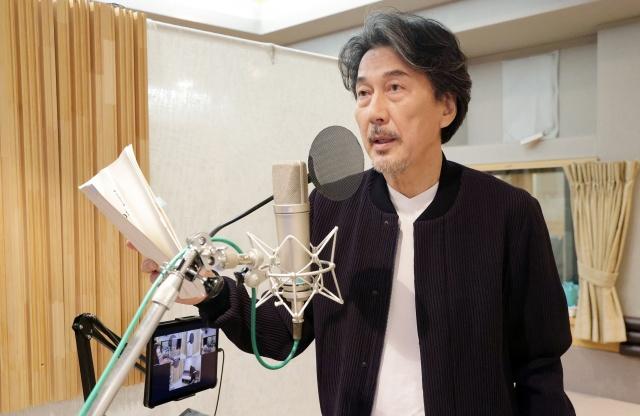 細田守監督最新作『竜とそばかすの姫』(2021年7月16日公開)主人公の父親役で役所広司が声の出演(C)2021 スタジオ地図の画像