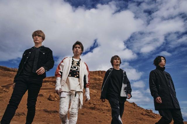 Takaがボーカルを務めるONE OK ROCK(Takaは左から2番目)の画像