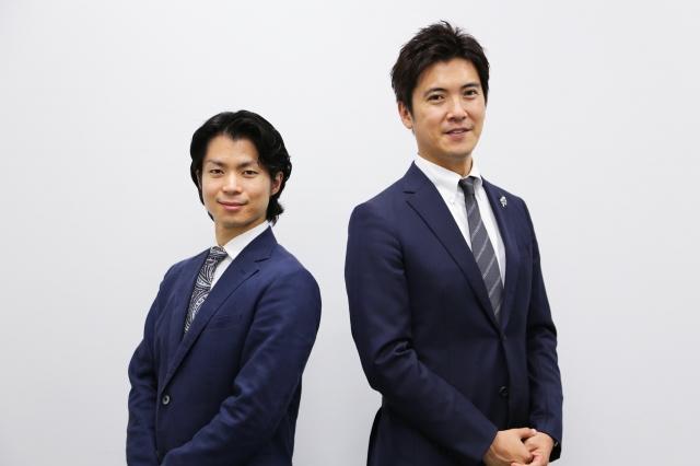 5月30日放送、『プリンスアイスワールド2021』解説の町田樹(左)、板垣龍祐アナウンサー (C)BSテレ東の画像