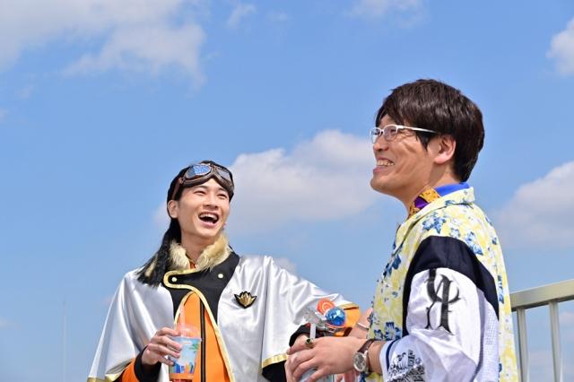 ドラマ仕立てのミュージックビデオ(MV)「博士じゃないよ、博多だよ!しかも南だよ!」(C)東映特撮ファンクラブ (C)2020 テレビ朝日・東映AG・東映の画像