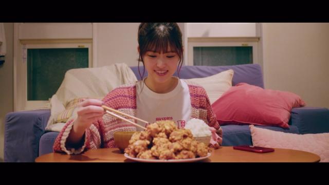 からあげに白米様も…乃木坂46松村沙友理ソロ曲「さ~ゆ~Ready?」MV公開の画像