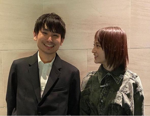 結婚を発表した(左から)内山拓也監督、萩原みのり(写真はインスタグラムより、事務所許諾済み)の画像