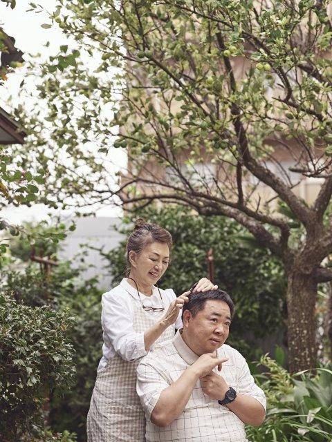 加賀まりこ・塚地武雅が親子役で初共演 、映画『梅切らぬバカ』(C)2021「梅切らぬバカ」フィルムプロジェクトの画像