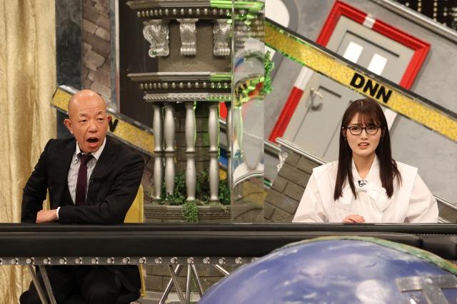 4日放送のバラエティー『全力!脱力タイムズ』に出演する(左から)小峠英二、水谷果穂(C)フジテレビの画像