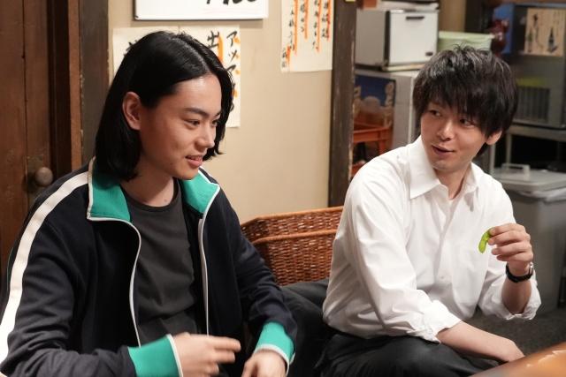『コントが始まる』第8話に出演する菅田将暉、中村倫也 (C)日本テレビの画像