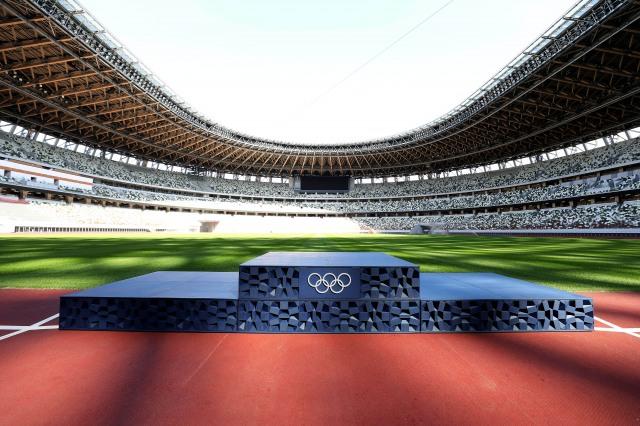 東京2020大会の表彰式で使用される表彰台の画像