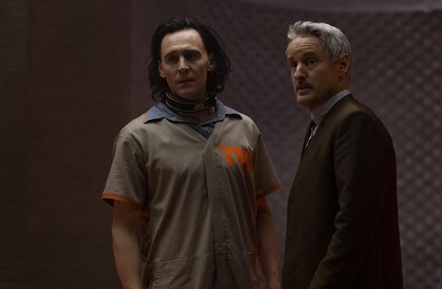 (左から)ロキ、メビウス=マーベル・スタジオ ドラマシリーズ第3弾『ロキ』ディズニープラスにて6月9日(水)より日米同時配信 (C)2021 Marvelの画像