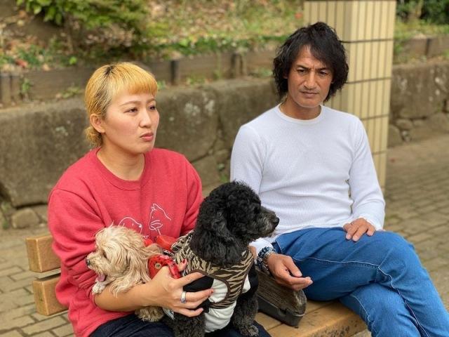 (左から)丸山桂里奈、夫の本並健治氏(写真は丸山桂里奈オフィシャルブログより)の画像