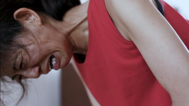 映画『女たち』(公開中)篠原ゆき子のすさまじい集中力(C)「女たち」製作委員会の画像