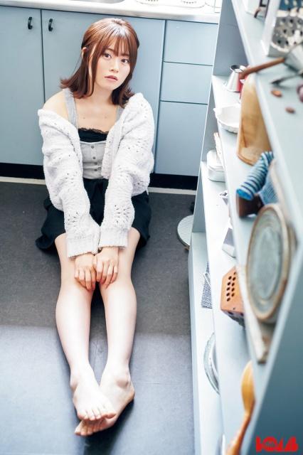 『BOMB』7月号に登場する乃木坂46・山崎怜奈の画像