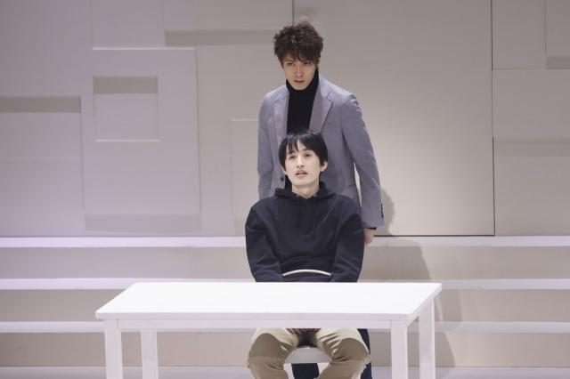 辰巳雄大と浜中文一が共演の舞台『スマホを落としただけなのに』が開幕の画像