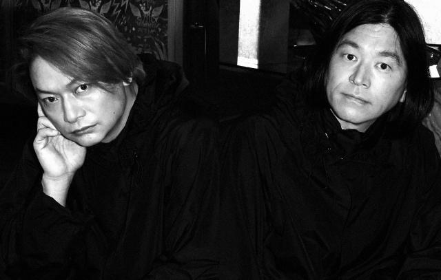 「JANTJE_ONTEMBAAR」を手がける(左から)香取慎吾、祐真朋樹氏の画像