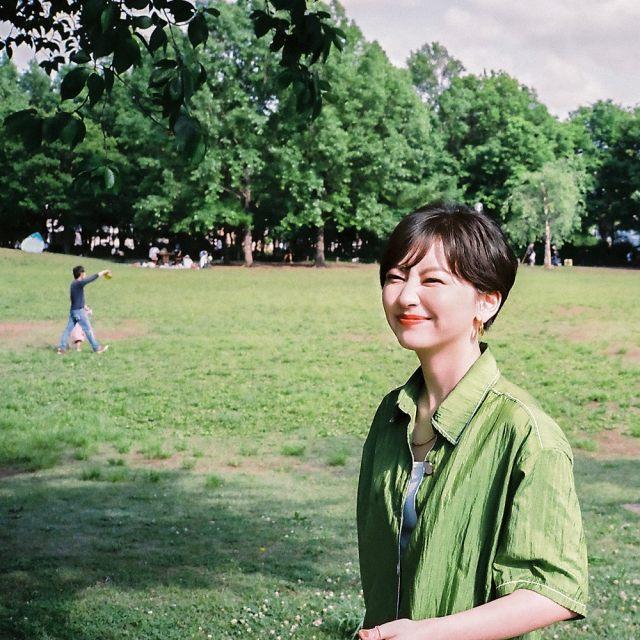 ソロ1stフルアルバム『ms』、iriとのコラボ曲「じゃむ」をリリースするchelmicoの鈴木真海子の画像
