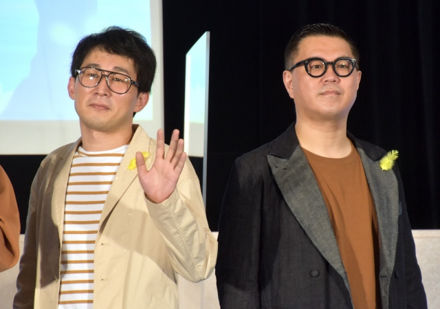 むちゃぶり質問に答えたシソンヌ(左から)じろう、長谷川忍 (C)ORICON NewS inc.の画像